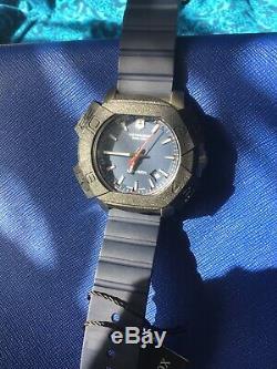 BRAND NEW Victorinox Swiss Army Men's Inox Blue Rubber Strap Watch 241688.1