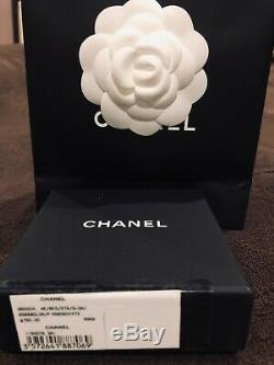 Brand new Chanel Classic CC logo brooch pin with pearl and crystal Rare find