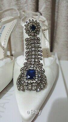 Brand new in BOX Manolo Blahnik Jamala white satin crystal pumps heels RRP$2295