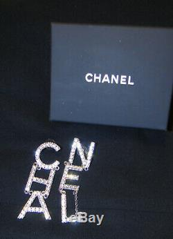 Fabulous CHANEL Runway Earrings Brand New 2019 made In FRANCE
