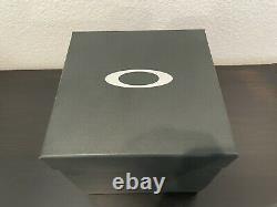 Oakley Minute Machine Titanium Watch Brand New Rare