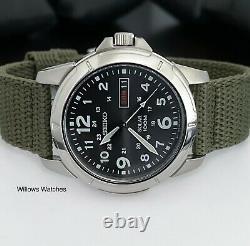 Seiko Solar SNE095P2 Mens 100m Military Style Watch Brand New