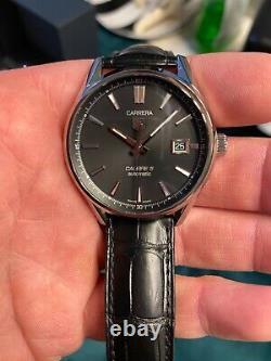 Tag Heuer Carrera Calibre 5 Mens Watch Model WAR211A Brand New Never Worn